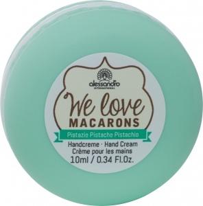 10 We Love Macarons Pistazie